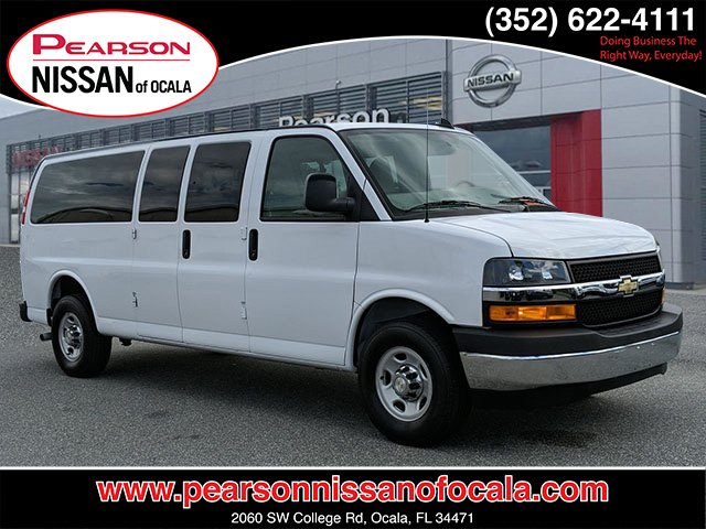Pre-Owned 2018 CHEVROLET EXPRESS PASSENG LT